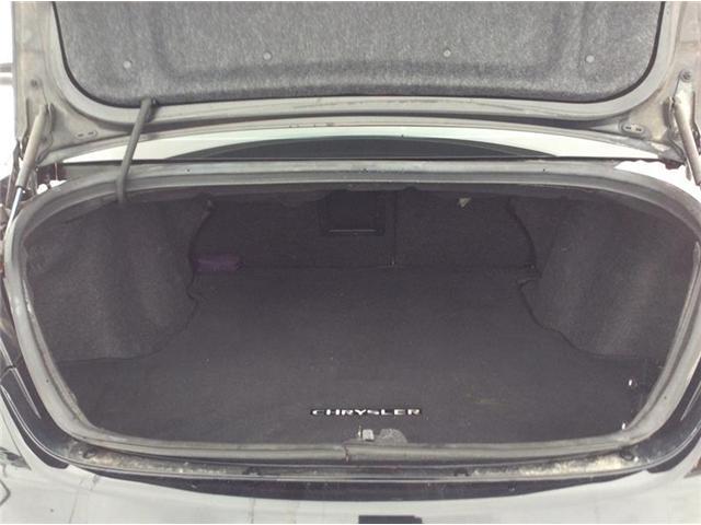 2013 Chrysler 200 Touring (Stk: 18-394B1) in Smiths Falls - Image 12 of 13