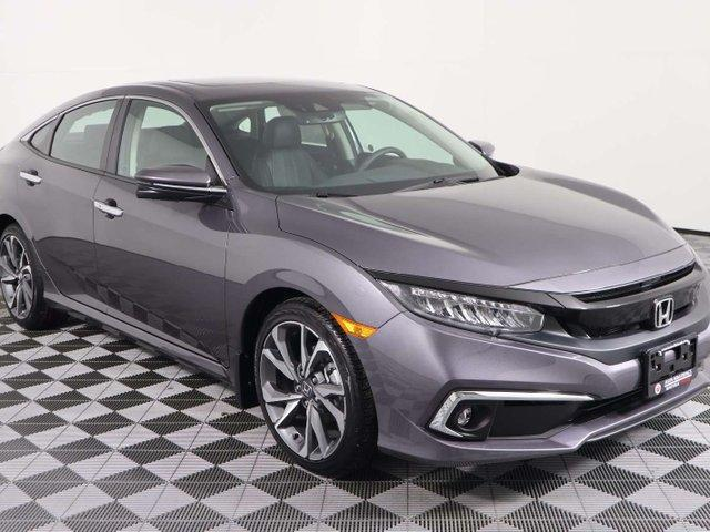 2019 Honda Civic Touring (Stk: 219226) in Huntsville - Image 1 of 33