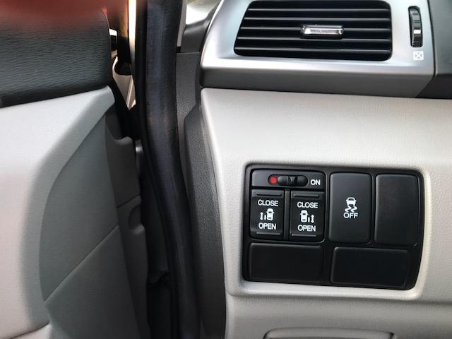 2012 Honda Odyssey EX (Stk: 04119) in Etobicoke - Image 7 of 12
