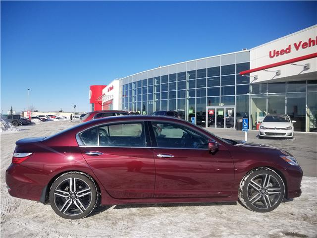 2016 Honda Accord Touring V6 (Stk: 2190574A) in Calgary - Image 2 of 30