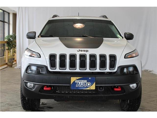 2017 Jeep Cherokee Trailhawk (Stk: 602202) in Milton - Image 2 of 43