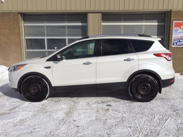 2014 Ford Escape SE (Stk: U-3783) in Kapuskasing - Image 3 of 6