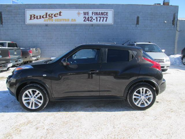 2011 Nissan Juke SV JN8AF5MV7BT010827 bp554 in Saskatoon
