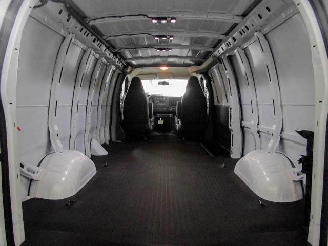 2019 GMC Savana 2500 Work Van (Stk: 89-32630) in Burnaby - Image 11 of 15