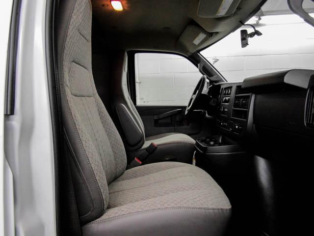 2019 GMC Savana 2500 Work Van (Stk: 89-32630) in Burnaby - Image 9 of 15