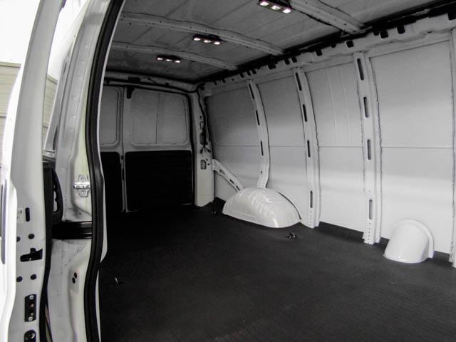 2019 GMC Savana 2500 Work Van (Stk: 89-32630) in Burnaby - Image 12 of 15