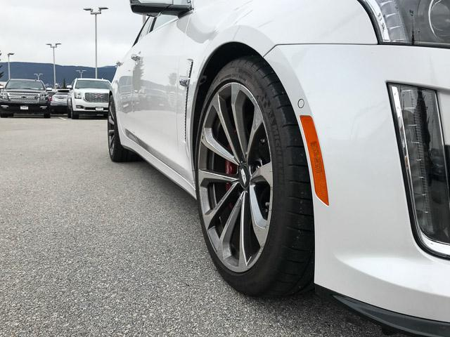 2017 Cadillac CTS-V Base (Stk: 971610) in North Vancouver - Image 13 of 25