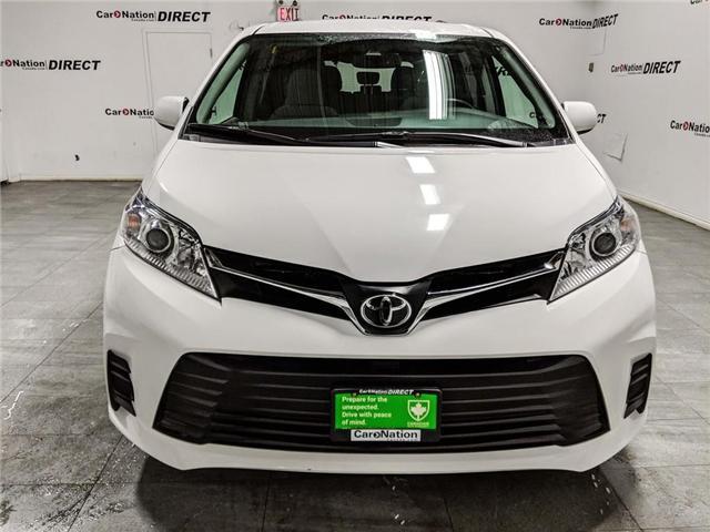 2018 Toyota Sienna LE 8-Passenger (Stk: DOM-922698) in Burlington - Image 2 of 30