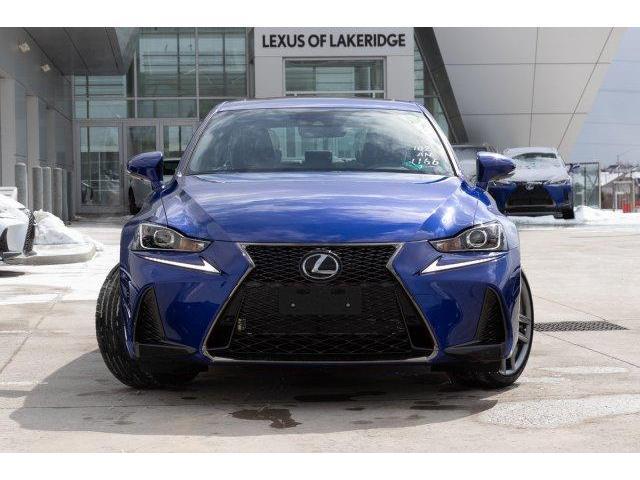 2019 Lexus IS 300 Base (Stk: L19294) in Toronto - Image 2 of 28