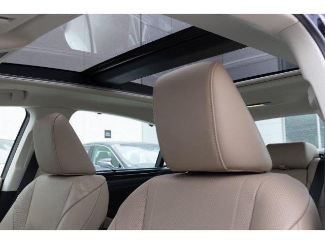 2019 Lexus ES 350 Premium (Stk: P0434) in Toronto - Image 11 of 29
