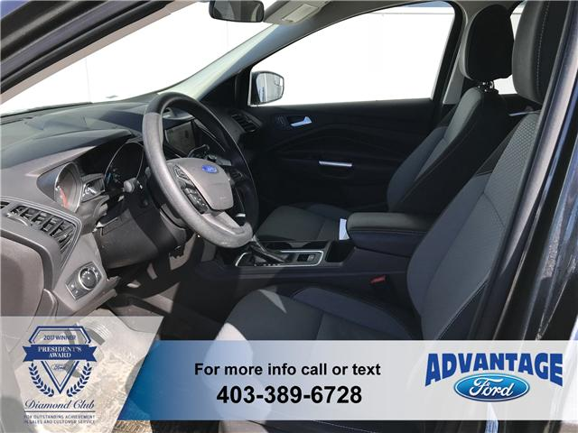 2017 Ford Escape SE (Stk: J-2085A) in Calgary - Image 2 of 18