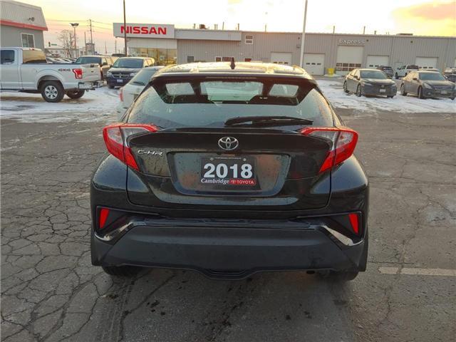 2018 Toyota C-HR XLE (Stk: P0054730) in Cambridge - Image 7 of 14