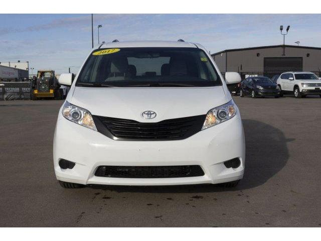 2017 Toyota Sienna  (Stk: V628) in Prince Albert - Image 2 of 12