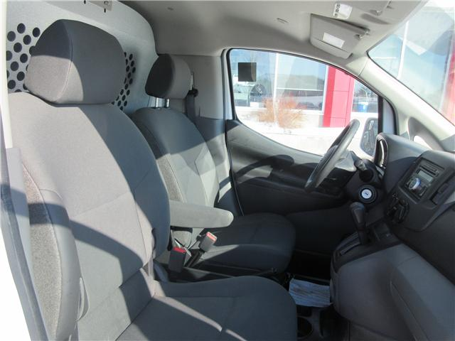 2017 Nissan NV200 SV (Stk: 8652) in Okotoks - Image 2 of 24