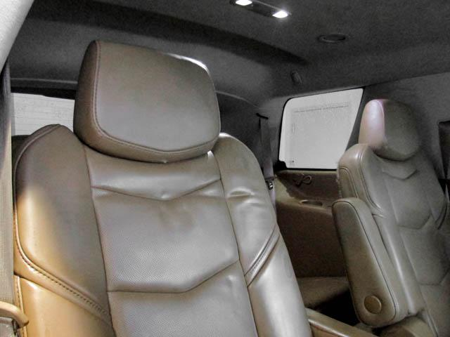 2015 Cadillac Escalade Platinum (Stk: P9-57630) in Burnaby - Image 21 of 26