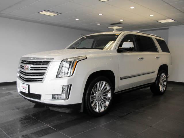 2015 Cadillac Escalade Platinum (Stk: P9-57630) in Burnaby - Image 8 of 26