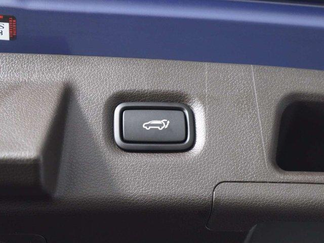 2019 Hyundai Santa Fe Luxury (Stk: 119-063) in Huntsville - Image 12 of 39