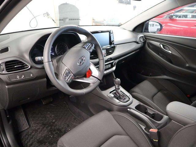 2019 Hyundai Elantra GT Preferred (Stk: 119-115) in Huntsville - Image 2 of 3