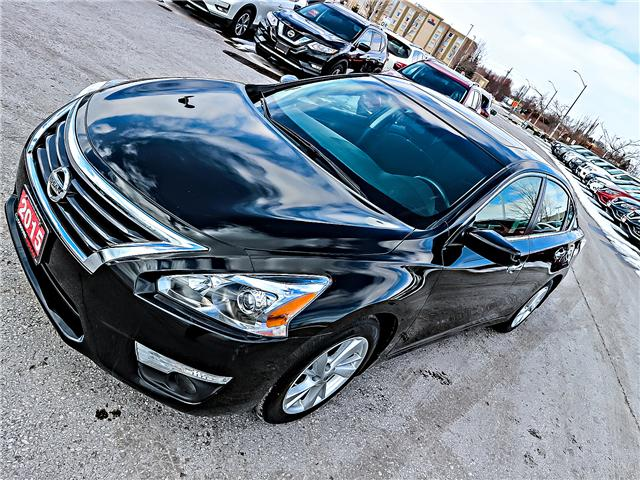 2015 Nissan Altima 2.5 SV (Stk: FN389504) in Bowmanville - Image 2 of 28