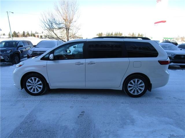 2017 Toyota Sienna Limited 7-Passenger (Stk: 1990731) in Moose Jaw - Image 2 of 48