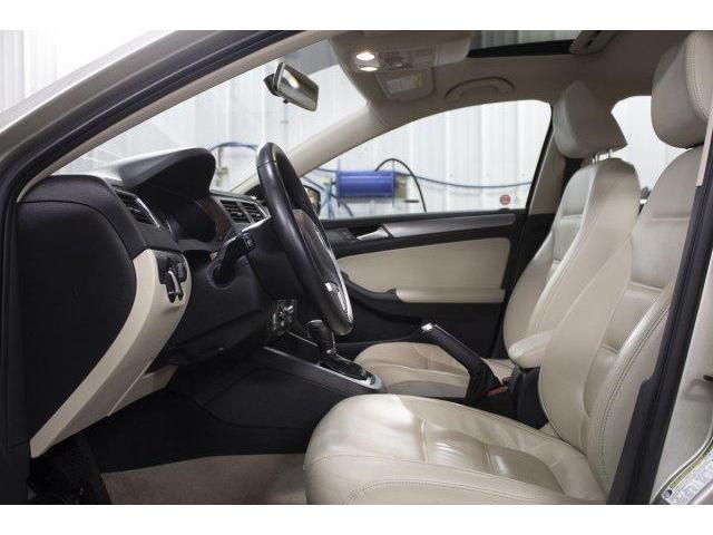 2014 Volkswagen Jetta 2.0 TDI Highline (Stk: V672) in Prince Albert - Image 9 of 11