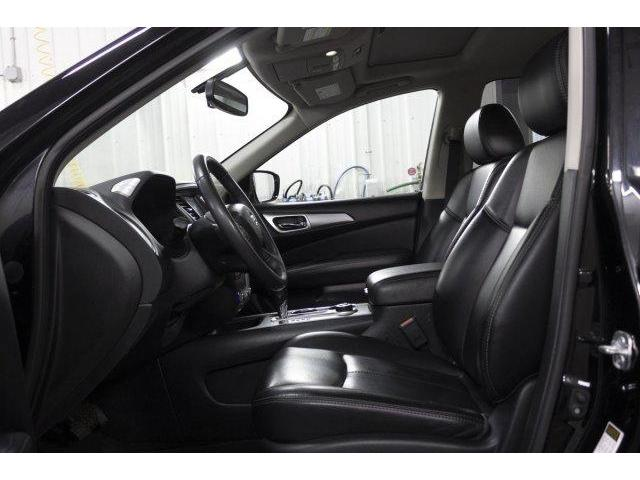 2017 Nissan Pathfinder  (Stk: V682) in Prince Albert - Image 9 of 11