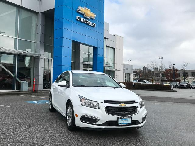2015 Chevrolet Cruze 1LT (Stk: 972000) in North Vancouver - Image 2 of 27