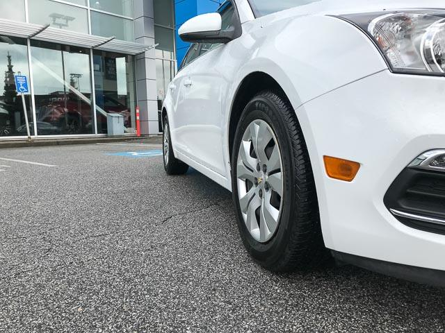 2015 Chevrolet Cruze 1LT (Stk: 972000) in North Vancouver - Image 16 of 27