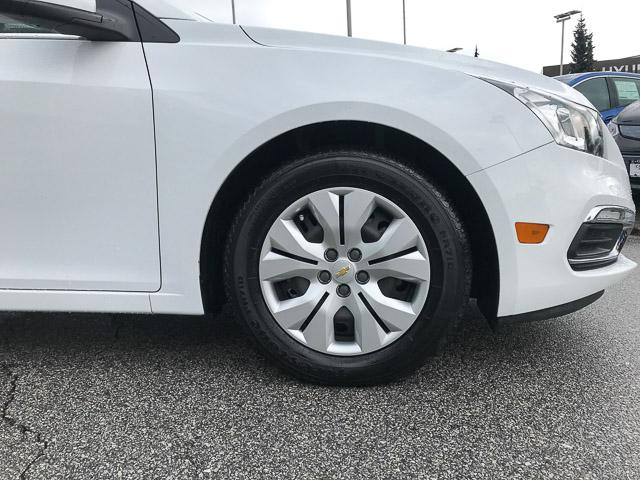 2015 Chevrolet Cruze 1LT (Stk: 972000) in North Vancouver - Image 17 of 27