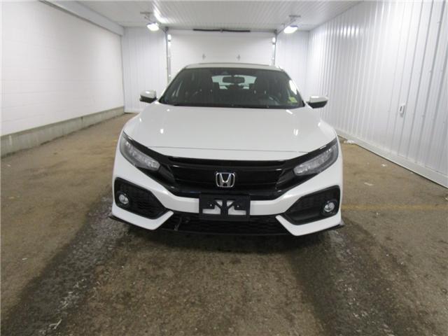 2017 Honda Civic Sport Touring (Stk: 1932251 ) in Regina - Image 2 of 34