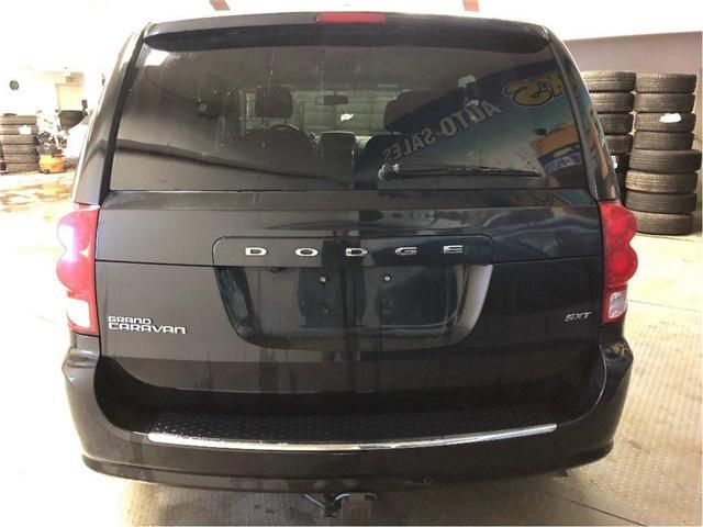 2016 Dodge Grand Caravan SE/SXT (Stk: 236204) in NORTH BAY - Image 4 of 28