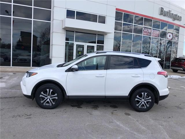 2017 Toyota RAV4 LE (Stk: U10565) in Burlington - Image 2 of 18