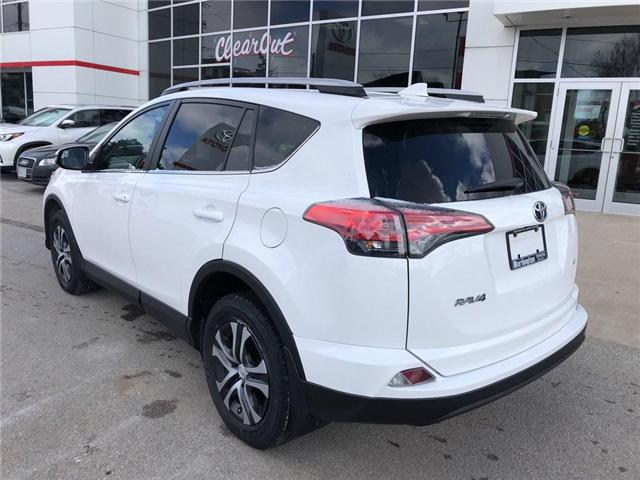 2017 Toyota RAV4 LE (Stk: U10565) in Burlington - Image 3 of 18