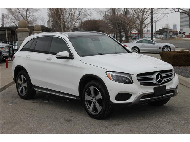 2017 Mercedes-Benz GLC 300 Base (Stk: 623861) in Toronto - Image 3 of 28