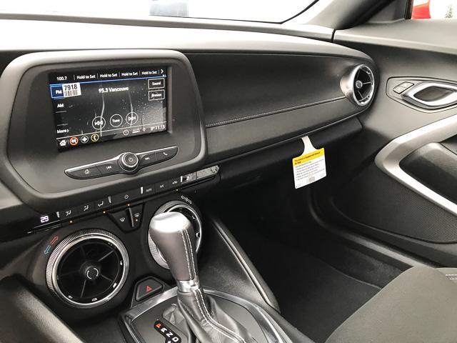 2019 Chevrolet Camaro 1LT (Stk: 9CA27140) in North Vancouver - Image 8 of 11