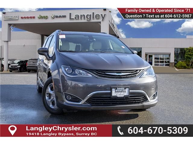 2018 Chrysler Pacifica Hybrid Touring-L (Stk: K594374A) in Surrey - Image 1 of 25