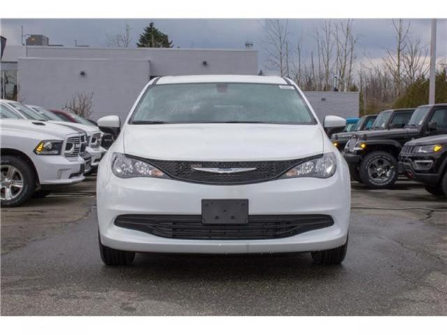 2018 Chrysler Pacifica L (Stk: J105029) in Abbotsford - Image 2 of 30