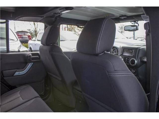 2018 Jeep Wrangler JK Unlimited Sahara (Stk: J863956) in Abbotsford - Image 20 of 22