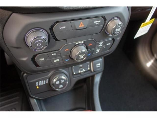 2018 Jeep Renegade Trailhawk (Stk: JH95619) in Abbotsford - Image 28 of 30