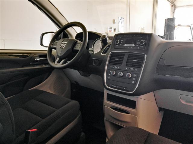 2019 Dodge Grand Caravan CVP/SXT (Stk: M074060) in Burnaby - Image 4 of 12