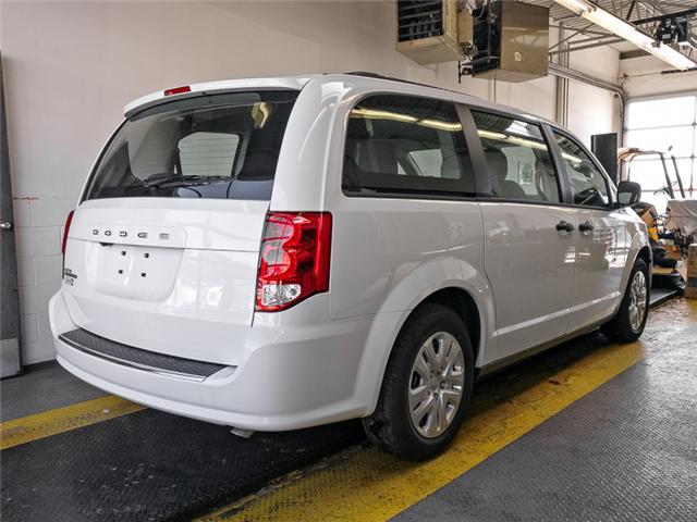2019 Dodge Grand Caravan CVP/SXT (Stk: M074060) in Burnaby - Image 3 of 12