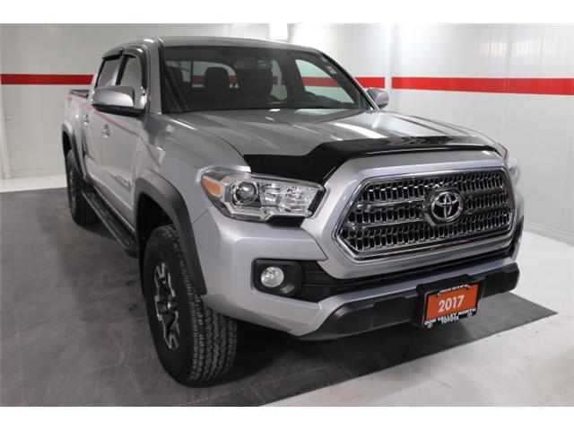 2017 Toyota Tacoma TRD Off Road (Stk: 297567S) in Markham - Image 2 of 24