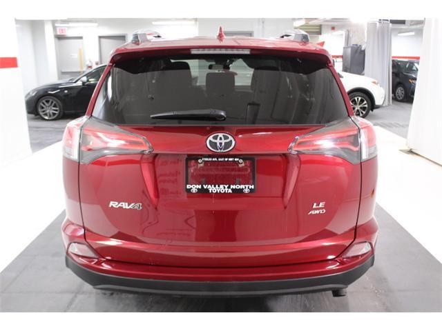 2018 Toyota RAV4 LE (Stk: 297583S) in Markham - Image 20 of 24