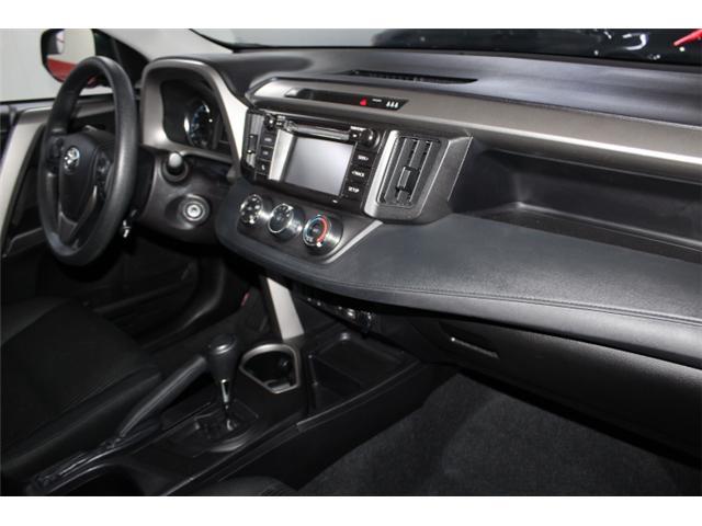 2018 Toyota RAV4 LE (Stk: 297583S) in Markham - Image 16 of 24