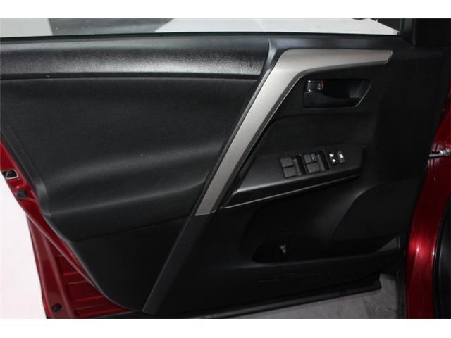 2018 Toyota RAV4 LE (Stk: 297583S) in Markham - Image 5 of 24