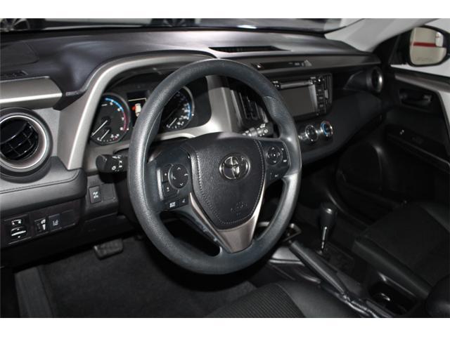 2018 Toyota RAV4 LE (Stk: 297583S) in Markham - Image 8 of 24