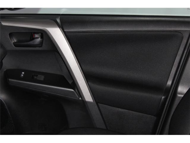 2018 Toyota RAV4 LE (Stk: 297587S) in Markham - Image 14 of 24