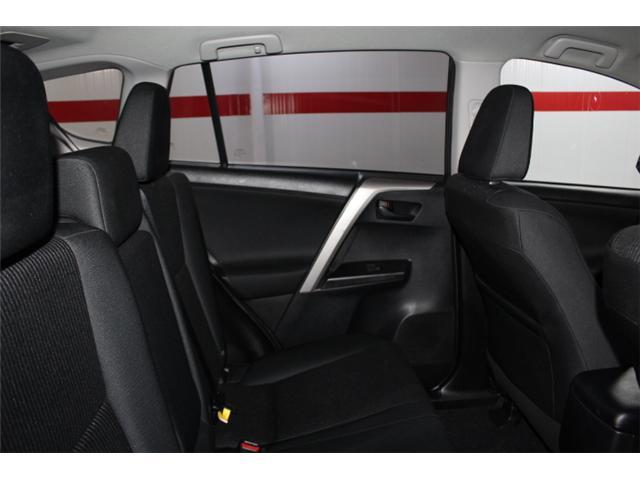 2018 Toyota RAV4 LE (Stk: 297585S) in Markham - Image 19 of 23