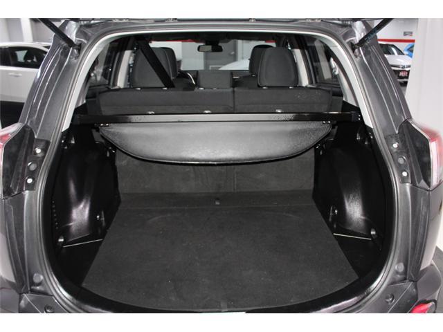 2018 Toyota RAV4 LE (Stk: 297585S) in Markham - Image 21 of 23