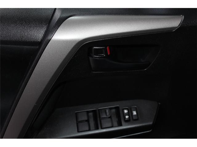2018 Toyota RAV4 LE (Stk: 297585S) in Markham - Image 6 of 23